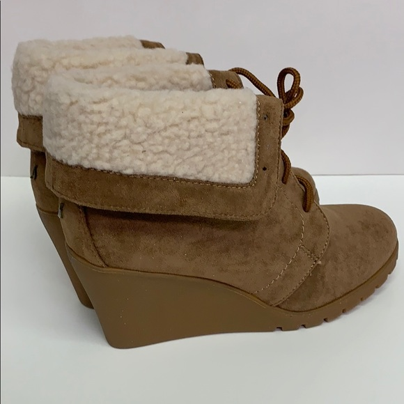 Nautica Shoes - Nautica Womens New Rendon Lace-Up Boot Wedge 6.5